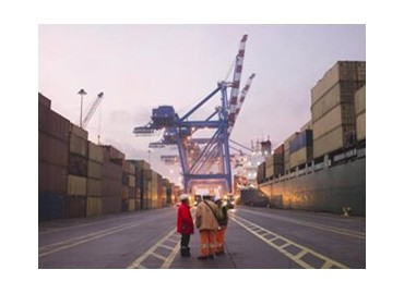 Deal-to-protect-SME-exporters-against-currency-shifts-654448-l_1.jpg