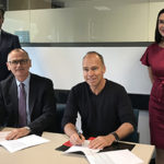 Deputy Vice-Chancellor (Research and Development) Professor Aleksandar Subic and Fraunhofer IPA Director, Professor Thomas Bauernhansl, signed an MoU to deepen Industry 4.0 collaboration. Picture credit: Swinburne