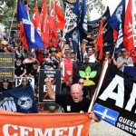 Union members protest over Ichthys LNG conditions