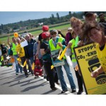 ​Protestors form 8km human chain to protest brown coal