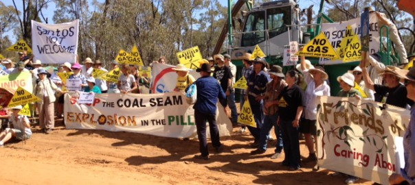 120-locals-protest-at-Santos-CSG-water-pipeline.jpg