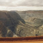 Newmont Mining CEO steps down