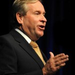Barnett aims for more Australian resource contracts