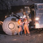 Oz Minerals confident despite profit drop