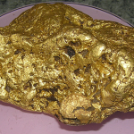 Huge 4 kilo gold nugget discovered in Victoria