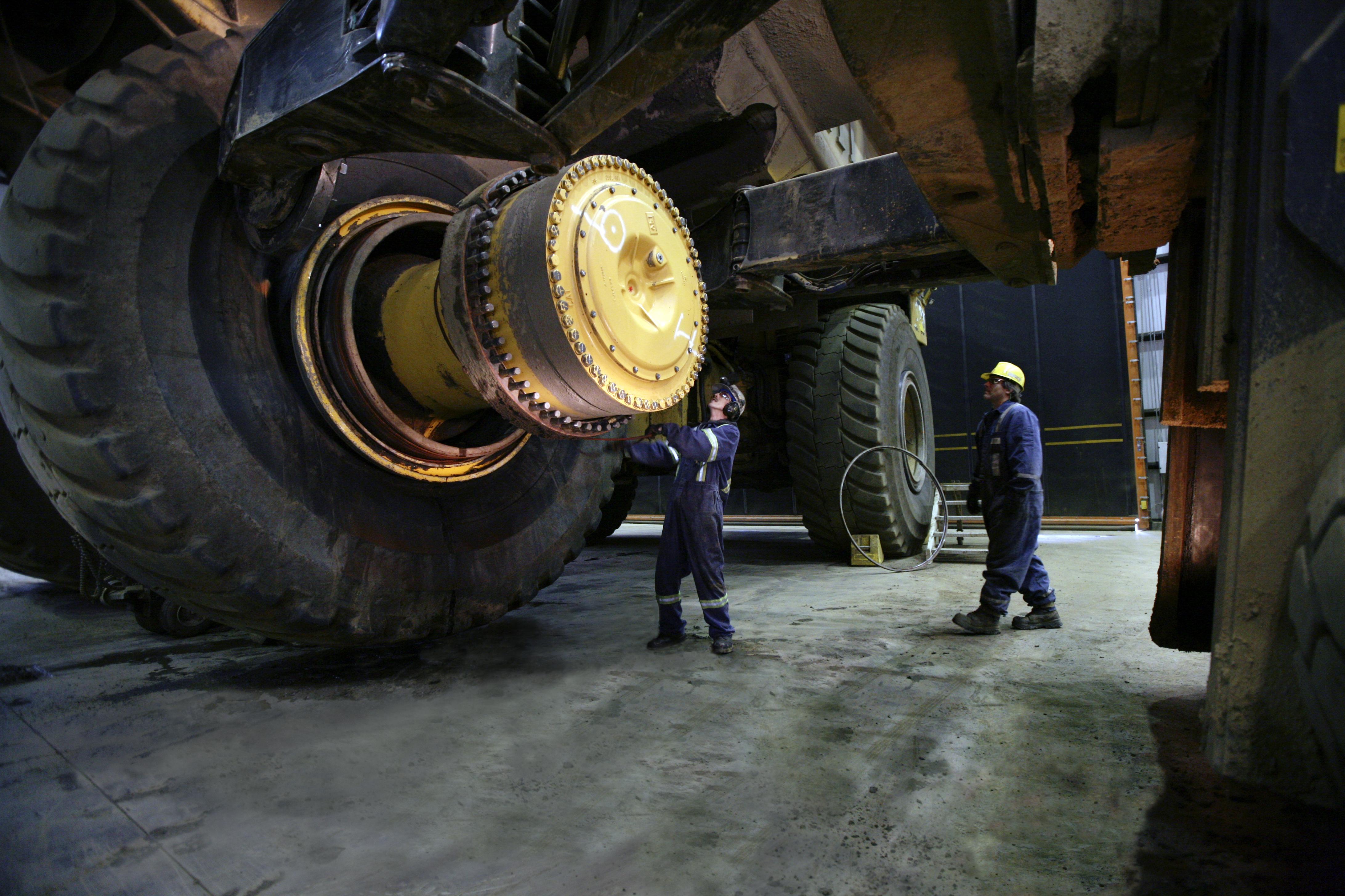 Kal Tire acquires Klinge tyre services - Australian Mining